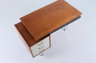 pastoe-flatsteel-chrome-legs-desk-UMS-teak-white-drawers-minimalism-braakman-midcentury-fifties-design-dutch-4